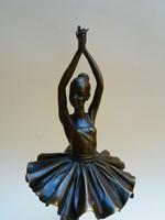 Balerina bronz szobor