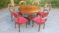 Asztal, 6 db szék.