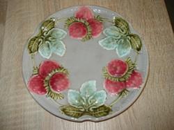 Epres majolika tányér