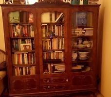 Barokk könyvszekrény minőségi bizonyítvánnyal