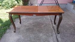 Régi, intarziás barokkos dohányzóasztal, asztal