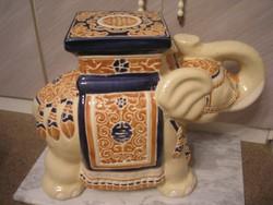 Majolika mázas kaspó szobor tartó elefánt 55x44 cm