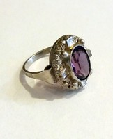 Antik ezüst gyűrű lila csiszolt kővel
