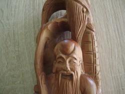 Faragott szobor : Kínai bölcs férfiú