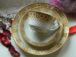 Gyönyörű porcelán reggeliző szett, csésze, süteményes