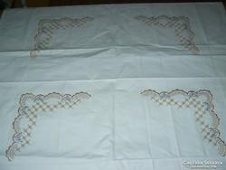 Új fehér nagyméretű hímzett pamutvászon párnahuzat