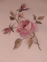 Dupla paplanhuzat rózsákkal