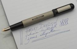 25 éves Harley Davidson sorszámozott töltőtoll