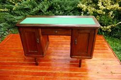 Nagyon szép, ónémet női íróasztal, hibátlan állapotban
