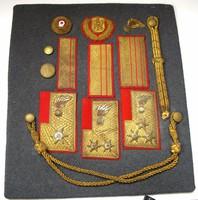 Osztrák Bundes Gendarmerie jelvények, ezredesi is.