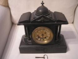 Kandalló 6 oszlopos gránit óra+1db szerkezet