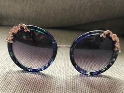 Gyönyörű vintage Rozsa designer Napszemüveg
