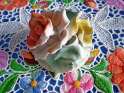 Gyönyörű jelzett porcelán dupla rózsa virág 1.