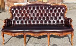 Chesterfield barokk ,antik konyak színű valódi bőr kanapé!