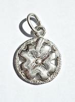 Négy levelű lóhere ezüst medál