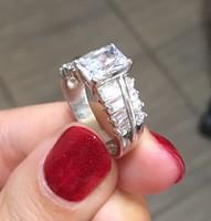 Köves ezüst gyűrű, akár eljegyzésre is