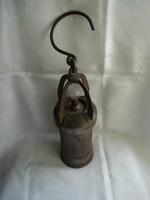 Érdekes lámpa (Talán bányász?)