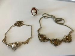 Antik ékszerek gyöngyel és kövekkel+ camea gyűrű