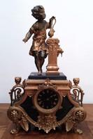 Fantasztikus antik francia szobros kandalló
