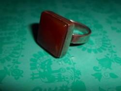 Ezüst gyűrű karneol kővel