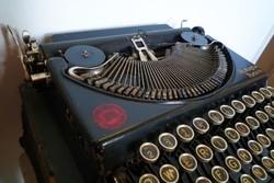 Eredeti antik Remington portable írógép