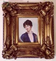 Hölgy virágos köntösben, realista festmény robusztus keretben