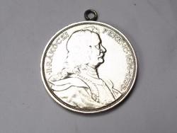 Ezüst Rákóczi 2 pengőből készült medál.