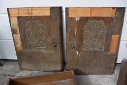 100 éves íróasztal faragott betétes ajtajai dekor alapnak