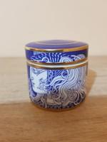 Figyelem,kiárúsítás! Szász Endre lila színű porcelán ékszertartó! Szignózott!