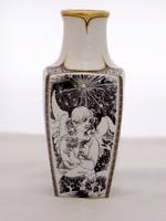Hollóházi Jurcsák váza (ZAL- Bi 28325)