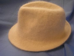 Angóra-gyapjú kalap N4