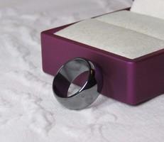 Gyönyörű gyűrű hematit drágakőből / gyógyhatású ásvány