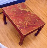 Kínai lakk kisasztal