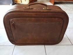 Gyönyörű  utazó bőrönd, bőrönd 1.