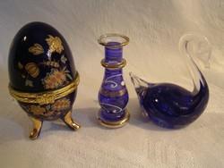 Porcelán és üveg dísztárgyak